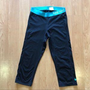 Nike Pro Capri Legging